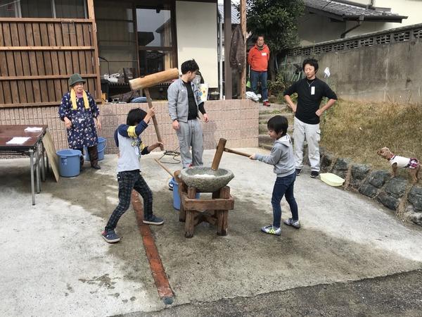 2017/12/23 餅つきのサムネイル