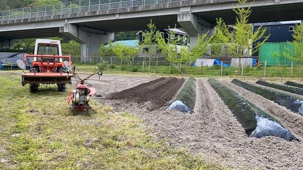 2020 04/26 楽農人宇美試験農場土作りのサムネイル